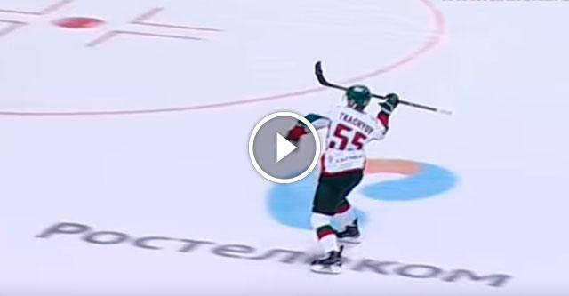 Необычный гол в хоккее